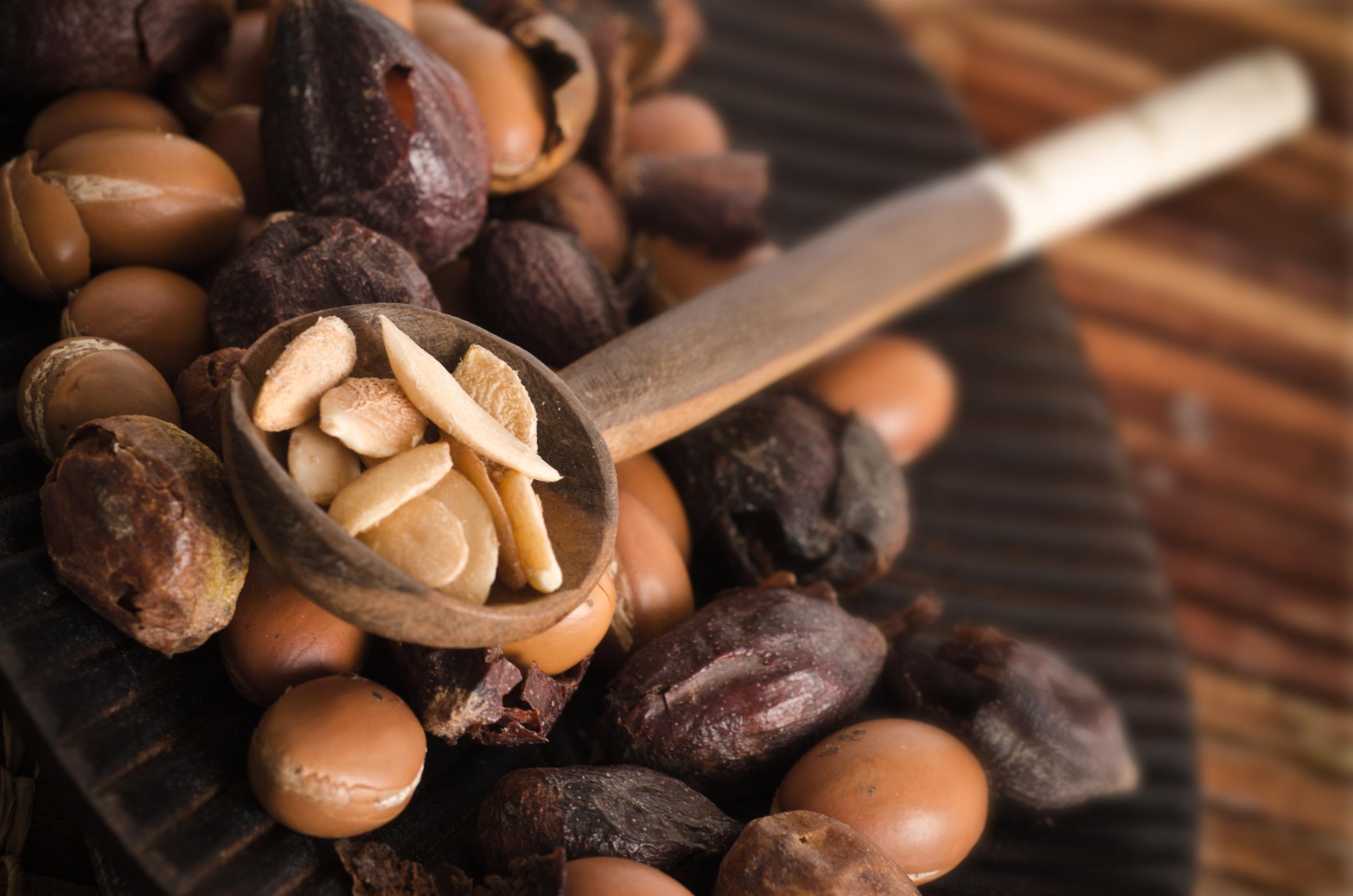 Olej arganowy w kuchni. Drogocenny olej z Maroka. Przepis na Amlou – marokańską nutelle
